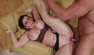 Sara Jay with juicy bottom and disclosed carry off gets some in steamy sex action with Johnny Fortress