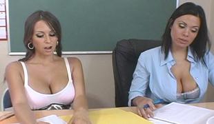 School orgy, 3 hawt pussies share 2 dicks