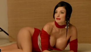 Aletta Ocean with huge jugs does her pulsate to give herself a catch greatest orgasm ever