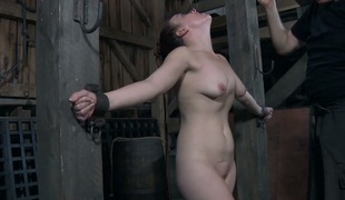 Bounded serf hotty is getting a lusty snatch punishment
