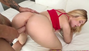 Blonde Lucy Tyler with bubbly bottom and bald vagina craves this solo sex session to last forever