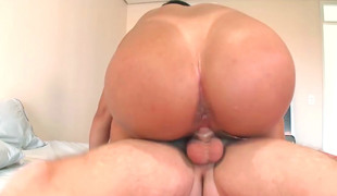 Busty Indian slut Nataly gets pounded hard jointly with fast