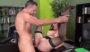 Sex in the rendezvous near ideal bodied Jayden Jaymes